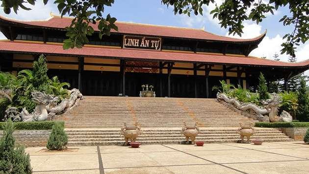 Tour tham quan tam thác tại Đà Lạt giá rẻ