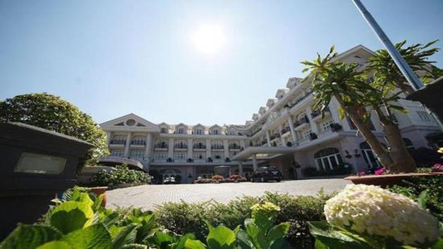 Đặt phòng khách sạn Đà Lạt tại các công ty du lịch địa phương