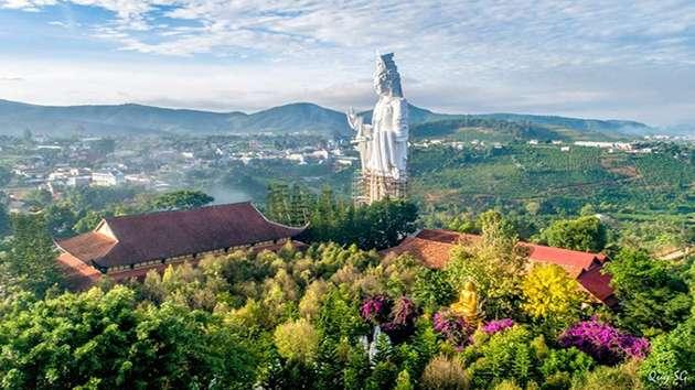 Địa điểm Chùa Linh Ẩn trong chương trình tour tam thác Đà Lạt