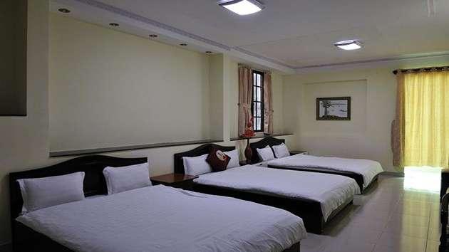 Giá phòng khách sạn 128
