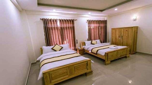 Giá phòng khách sạn Bốn Mùa