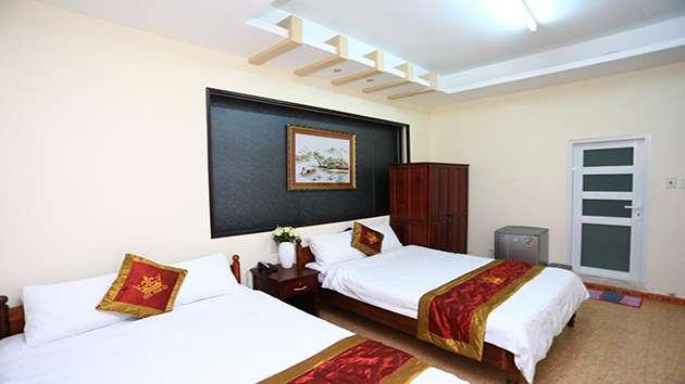 Giá phòng khách sạn Hoàng Gia