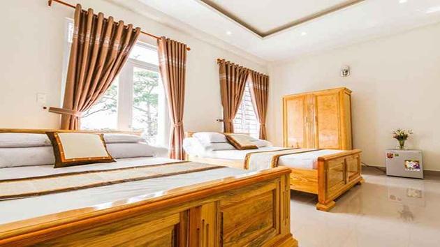 Khách sạn Bốn Mùa gần chợ Đà Lạt