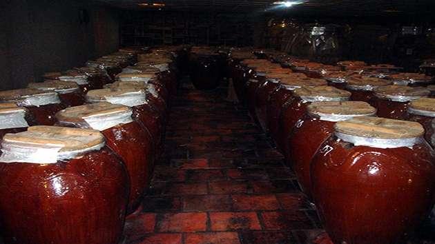Làng nghề nấu rượu tour ngoại thành Đà Lạt