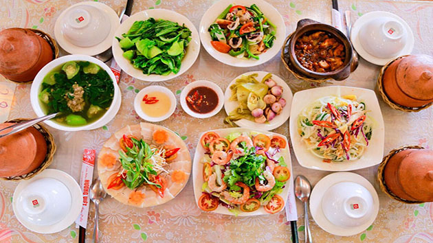 Lunch dishes when traveling to Da Lat