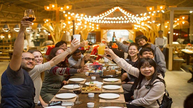 Review Barn House BBQ and  BEER Đà Lạt