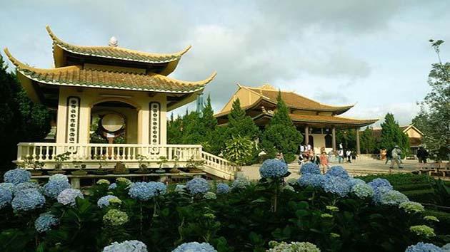 Thiền Viện Trúc Lâm trong chương trình tour Đà Lạt 2 ngày 1 đêm