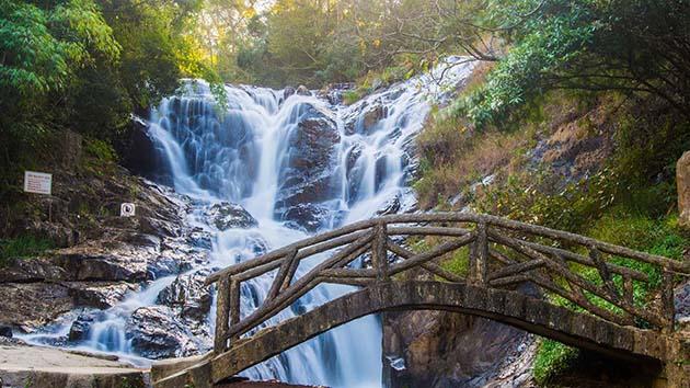 Trải nghiệm tuyệt vời tại khu du lịch thác Datanla