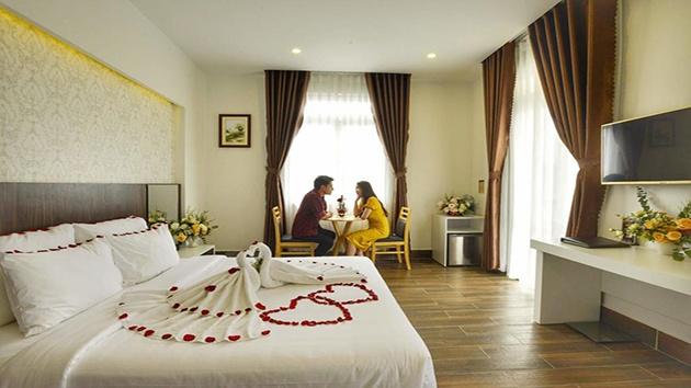 Khách sạn Minh Chiến