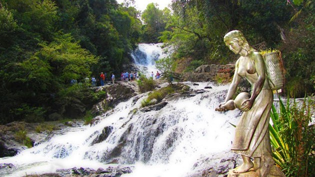 Phương tiện di chuyển đến thác Datanla
