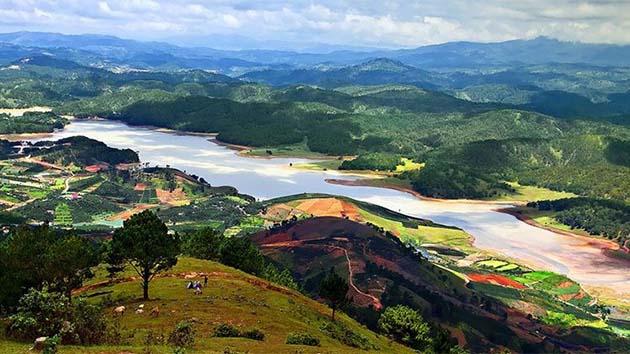 Trên đỉnh núi Langbiang