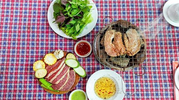 Bò Lạc Lối - Bò tơ Tây Ninh với món nướng và lẩu ngon tuyệt