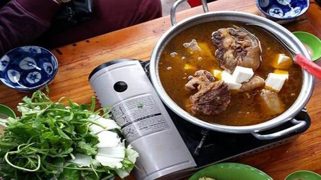 Lẩu bò - Ăn trưa ngon và thú vị tại Đà Lạt