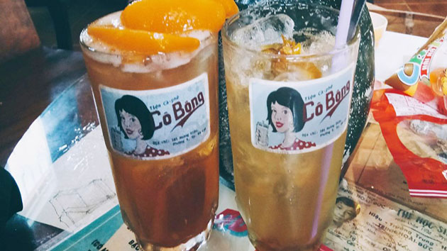 Cô Bông cà phê đường Yersin Đà Lạt