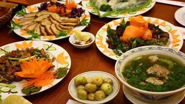 Nhà hàng cơm niêu Việt Nam - Món ăn tối đậm chất Đà Lạt