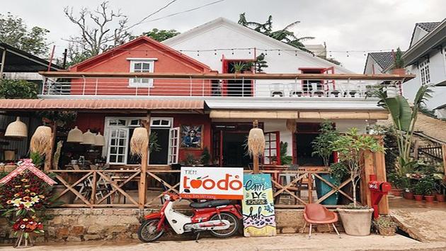 Tiệm Táo Đỏ Cafe Bistro Đà Lạt
