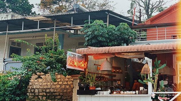 Tiệm Táo Đỏ Cafe Bistro ở Đà Lạt