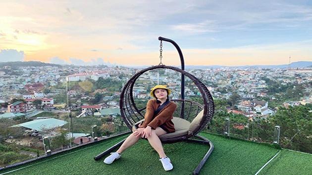 Cafe Dalat Golf khung cảnh thơ mộng và lãng mạn