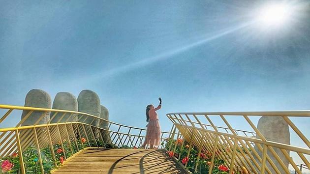 Cây cầu vàng - Bắc thang lên hỏi ông trời