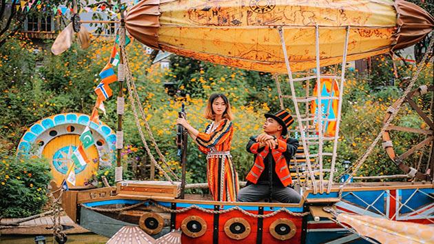 Magic Land - Gánh xiếc hoa bay đặc trưng tại Đà Lạt
