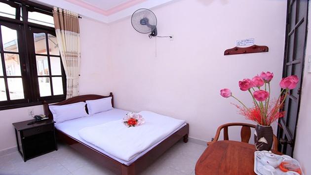 Phòng đơn khách sạn Quỳnh Giao