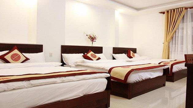 Phòng siêu lớn khách sạn Xuân Hồng 2