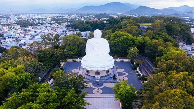 Chùa Long Sơn - Ngôi chùa lớn nhất Nha Trang