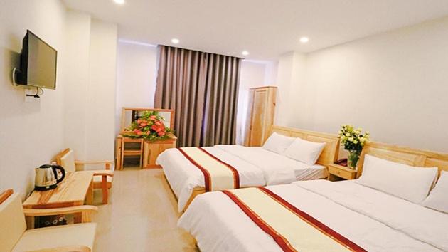 Phòng đôi khách sạn Mai Hoàng